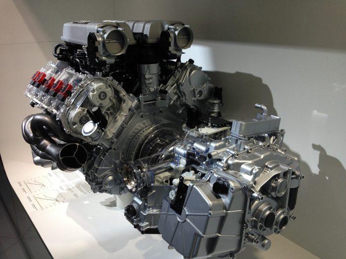 Mit der Verdrängung des Verbrennungsmotors ändert sich auch die Fahrausbildung. Quelle: Pixabay